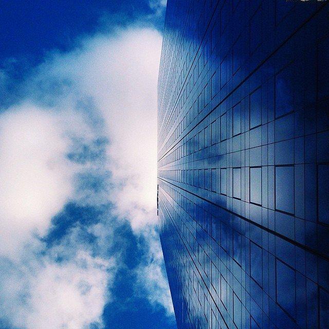 Infinity tower #ladefense #tower #paris #tourareva
