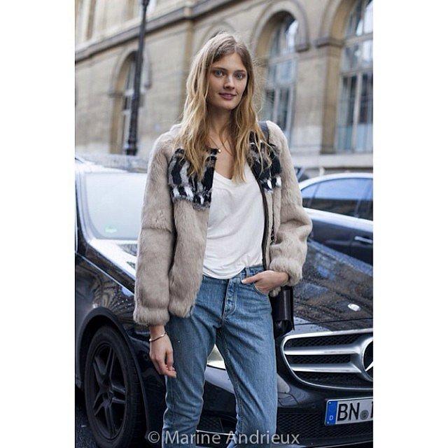 Constance Jablonski at Isabel Marrant. Always so nice and kind. @constjablonski #isabelmarant #pfw #parisfashionweek #streetstyle